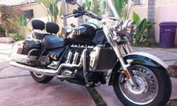 2011 Triumph Rocket III WITH SE PACKAGE