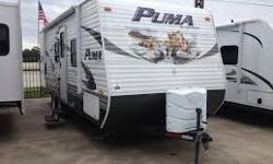 2012 Palomino Puma 22KRB Travel Trailer