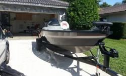 2013 TRACKER SUPER GUIDE V-16 SC Excellet condtion low hours