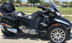 2014 Can-Am Spyder RT Limited
