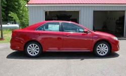 2014 Toyota Camry Hybrid 4dr Sdn XLE