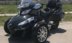 2015 Can-Am Spyder RT Limited