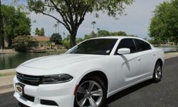 2015 Dodge Charger SE 4dr Sedan