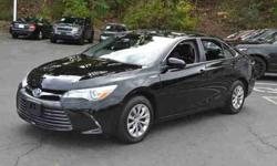 2016 Toyota Camry Hybrid 4dr Sdn LE
