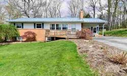 205 Hickory Road State College Two BR, This ranch home in