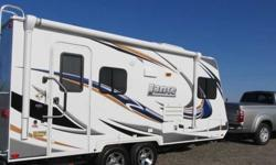 $20,495 2012 Lance 1685 Travel Trailer ( Ready to go South