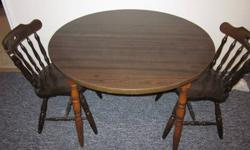 $20 Dark Brown Round Kitchen Table