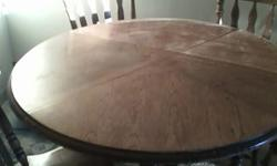 $20 OBO Kitchen Table & 4 chairs