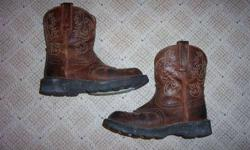 $20 Womens / Girls Ariat Fat Baby Cowboy Boots size 5 or 6