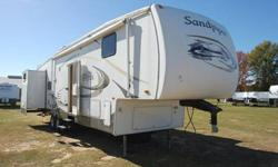 $23,995 OBO Chris Peeler Special!!! 2008 Sandpiper 40ft 5th
