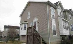 24 Foxton Dr Newark, Three BR/1.5 BA END UNIT town home on