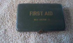 $25 1940's - 50's? Illinois Bell 1st aid kit box