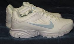 $25 Nike View III Women's Walk, Run, Work Athletic Shoe