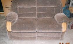 $275 Brown Love Seat