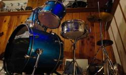 $275 Complete Drum Set with cymbals -- cheap...:)