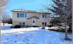 28575 Flamingo Street NW Isanti Three BR, What a great house