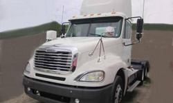 $28,500 Used 2006 Freightliner columbia for sale.