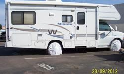 $28,900 2004 Winnebago Minnie 24'