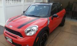 $29,999 OBO 2011 MINI Cooper S Countryman, 4cyl Automatic