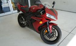 $2,550 2004 Yamaha YZF-R1 red