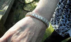 $2,900 Beautifull 14k and Diamond Bracelet! Stunning 5