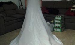 $300 White Modest Wedding Dress & Veil $300/OBO (Provo)