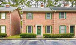 302 Springview Lane 4 Summerville Three BR, Great townhouse