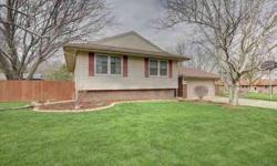 304 Weathering Drive Mahomet Four BR, This well maintained