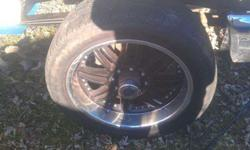 305 45 22 tires with black 8 lug wheels 550obo (Junction