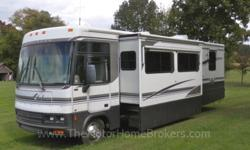 $33,900 2001 Winnebago Adventurer 32'