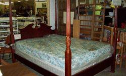 $380 queen bed , matress and box spring