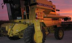 $39,000 1997 New Holland TR98 Combine