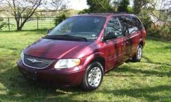 $3,200 2001 Town and Country Mini Van Clean