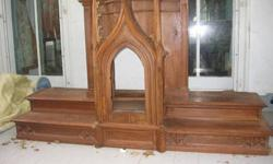 $400 Gothic Altar 7', Solid Oak, Two-Tier (Top)