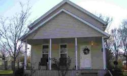 432 E Grant St Virginia, Updated Five BR, 1.5 BA home with a