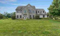 508 Lucinda Ln Mechanicsburg Five BR, This home has