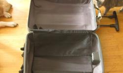 $50 Black Medium/Large Samsonite Rolling Suitcase