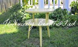 $50 Cute Green Side Table/ End Table