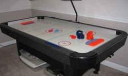 $50 OBO * Sportcraft Turbo Black Light Air Hockey Table *