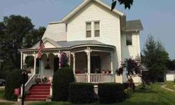 514 S Division Chenoa Four BR, Beautiful Victorian Home!!