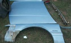 $55 96 Lincoln Towncar Fronts Parts (N. Oklahoma.)