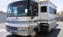 $57,835 Beautiful low mileage 04' Winnebago Brave