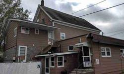 5 Winter Street Laconia, This 7 unit apartment building has