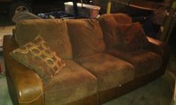 $600 Couch and love seat