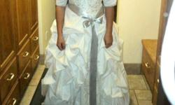 $600 OBO Gorgeous Wedding dress