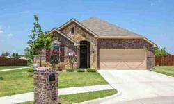 6108 Roaring Creek Denton, This home is beautiful and shows