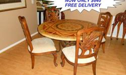 $640 Beautiful Very Rare Mosaic Style Round Dining Room Set