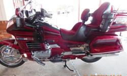 $6,500 1999 Honda GL1500SE Goldwing Special Edition (Red)