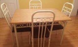 $75 Kitchen Table & 4 Chairs