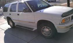$7,000 OBO 1997 GMC Jimmy SLT 4x4 only 35,600 miles